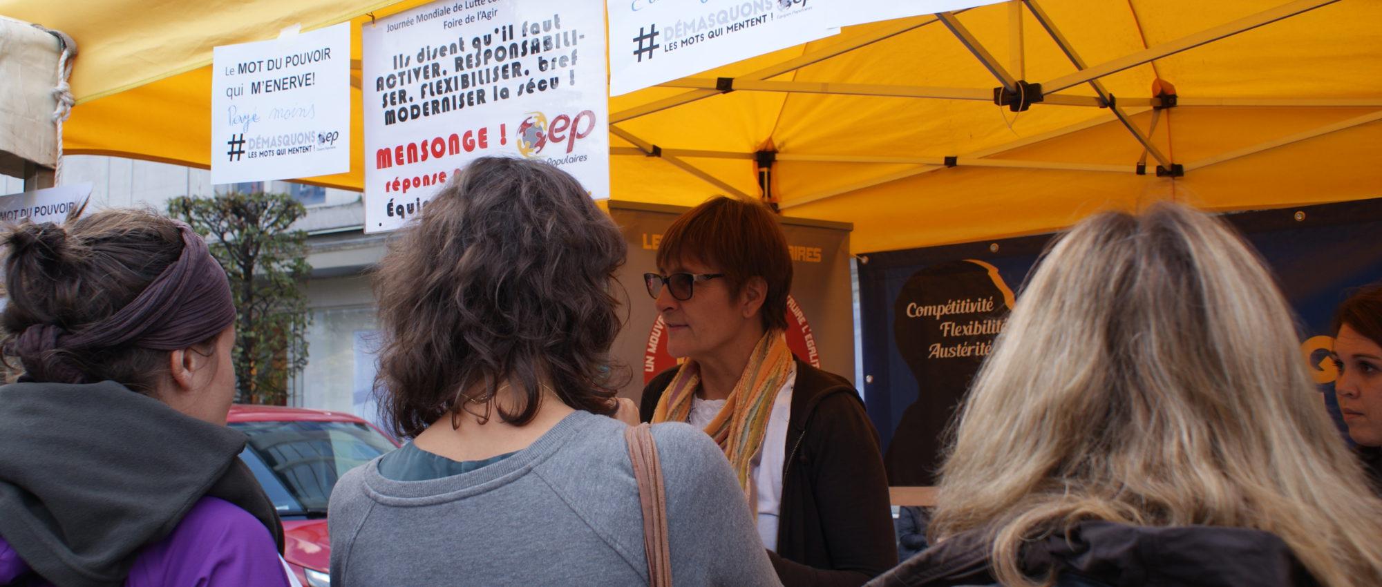 Les Equipes Populaires - stand journée lutte contre la pauvreté Namur