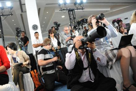 Les Equipes Populaires - débat contrastes médias